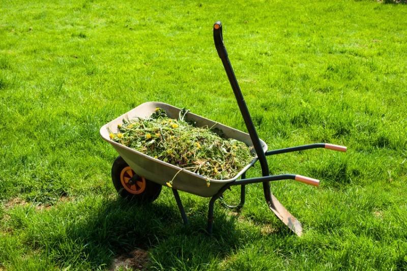 Самодельная тачка для огорода